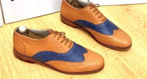 Wingtip Oxford leather shoes